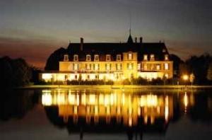 chateau de la Freslonnière
